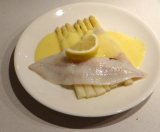 Turbot and white asparagus sous-vide with Hollandaise sauce
