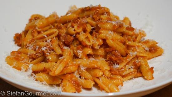 how to make sardinia sauce