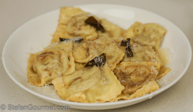 Sausage and Potato Ravioli (Ravioli di Salsiccia e Patate) – Stefan's Gourmet Blog