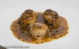 Scallops with Capers, Anchovies, Lemon, and Wine (Cape Sante in Padella)