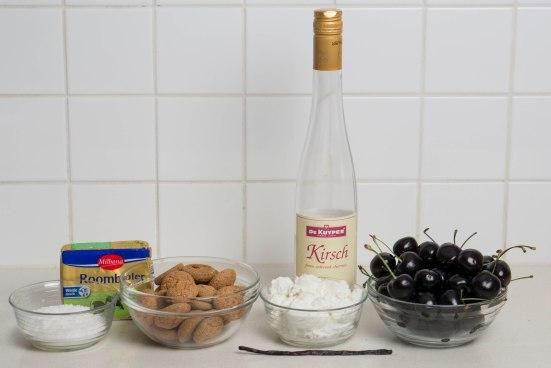 No-Bake Cherry Ricotta Amaretti Tartlets | Stefan's Gourmet Blog