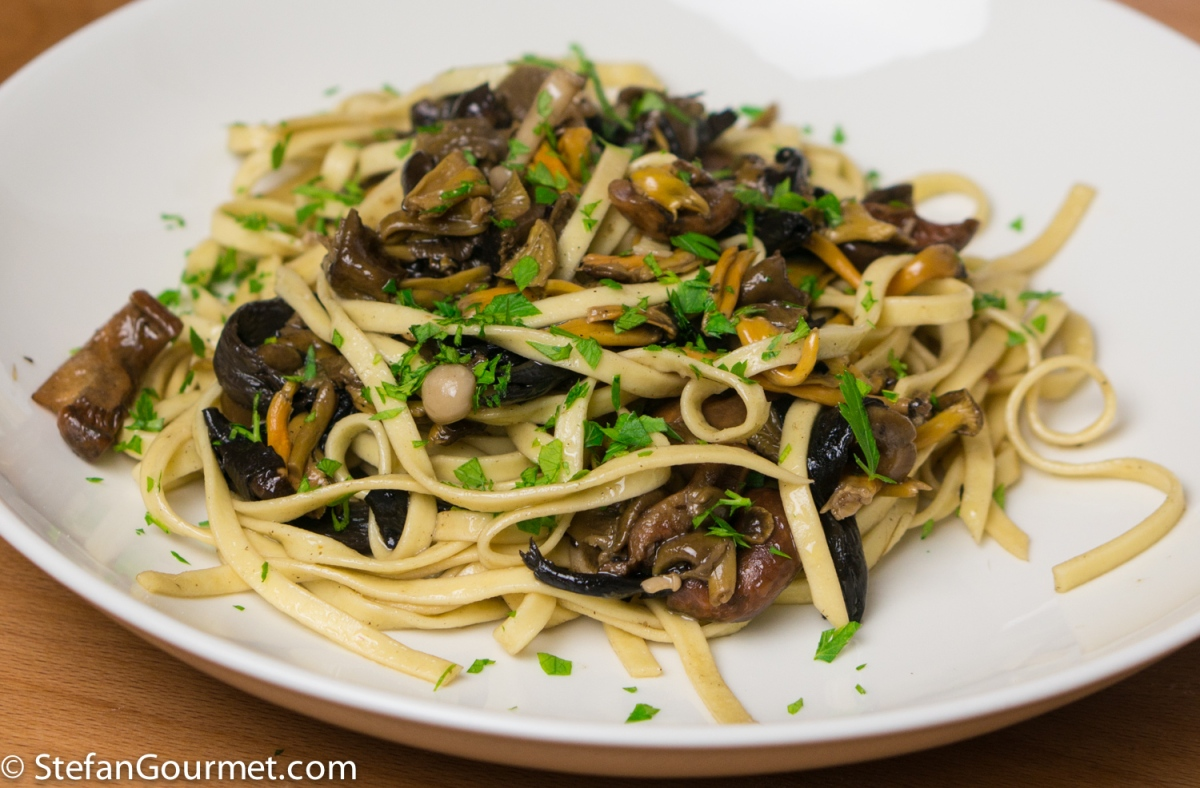 ... di Bosco (Fresh Pasta with Wild Mushrooms) | Stefan's Gourmet Blog